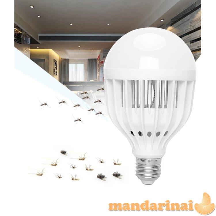 Kombinuota LED apšvietimo lempa-uodų ir mašalų gaudyklė